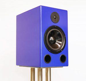 2-Wege Bassreflex Lautsprecher mit blauer metallic Lackierung; Lautsprecher-Chassis von Visaton.